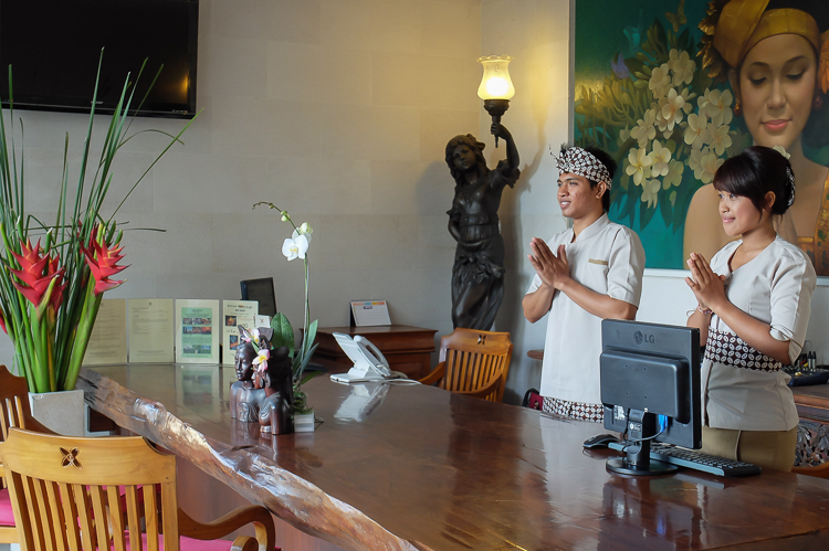 Villa Receptionist