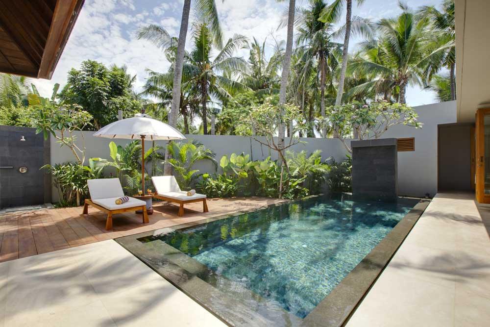 Luxury Petitenget Villa With Tropical Atmosphere